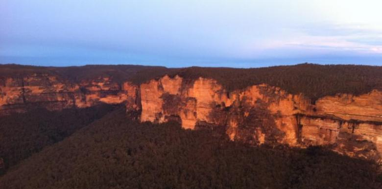 Colourful Trips: 1 day Blue Mountains Trip