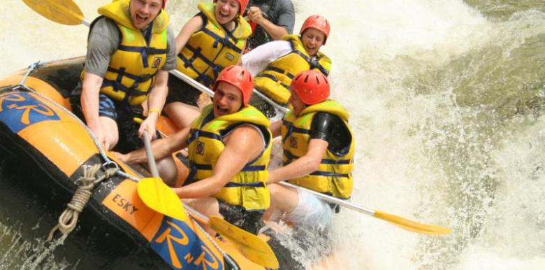 RNR: 1 day Tully River Rafting