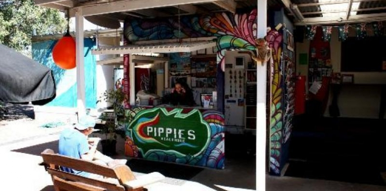 Pippies Beachhouse 4 Share Dorm Accomodation